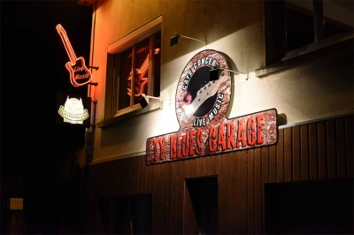 Ty Blues Garage